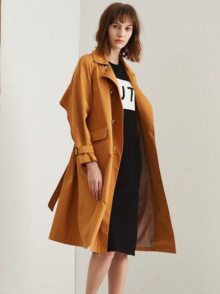 艾格伊品女装品牌2019秋季新款百搭双排扣修身外套