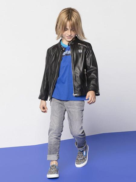 阿玛尼童装品牌新款超柔软高弹力超薄牛仔裤