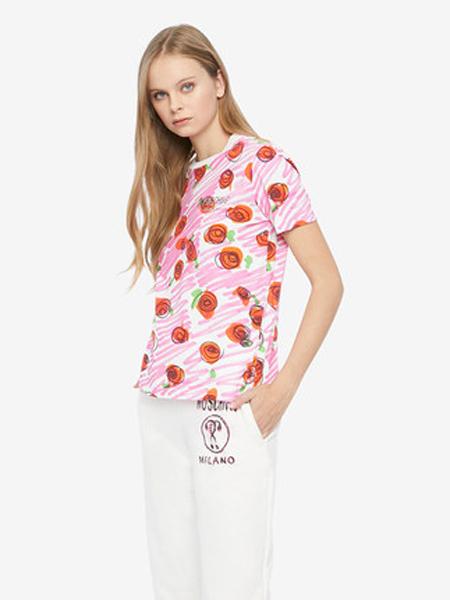 莫斯奇诺休闲品牌2019春夏新款粉色玫瑰印花撞色T恤