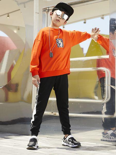 尤弛童装品牌2019春夏纯棉落肩长袖日系T恤