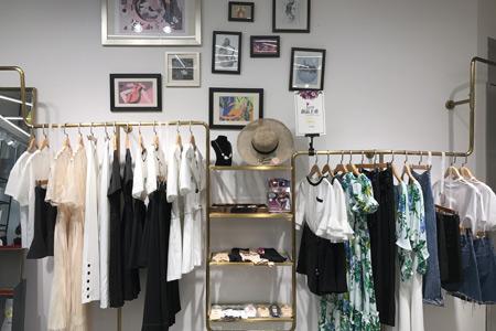 SASLAX莎斯莱思品牌店铺展示