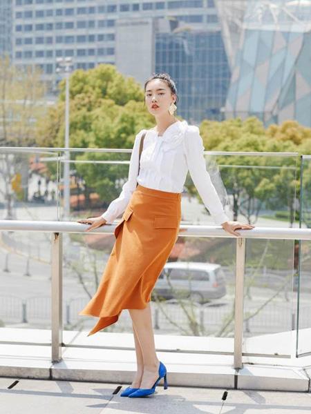 音色女装品牌2019秋季装新款时尚气质工作服OL修身上衣职业白衬衫女雪纺长袖