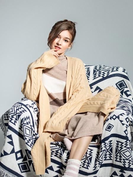 钟爱黑白灰女装品牌2019秋季新款外搭韩版宽松大码纯色长袖针织开衫外套