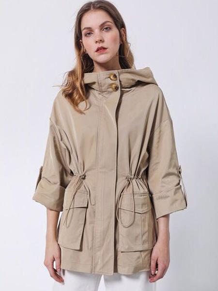 D.TWO女装品牌2019秋季新款纯色亮面七分袖拉链开衫外套