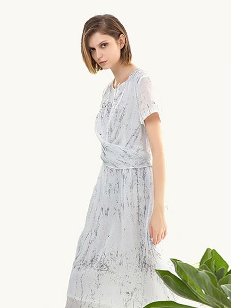 五色能量colour5power女装品牌2019春夏新款短袖系带修身中长款高腰复古清新棉质印花连衣裙