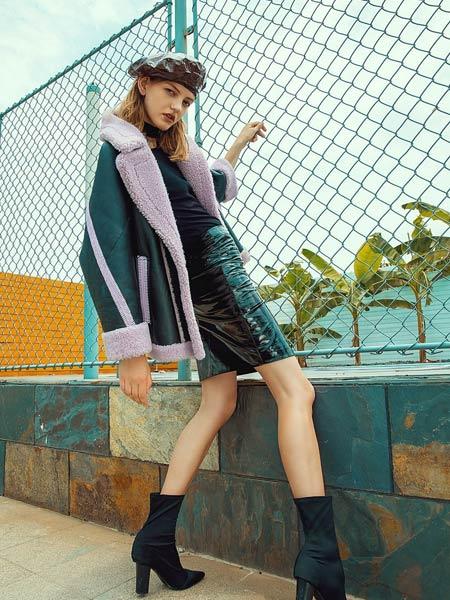 爱芭娜女装品牌2019秋冬新款韩版时尚加厚大翻领撞色拼接修身外套