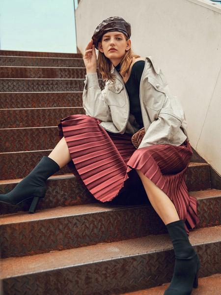 爱芭娜女装品牌2019秋冬新款超仙森系甜美复古气质百褶好看迷人半身裙
