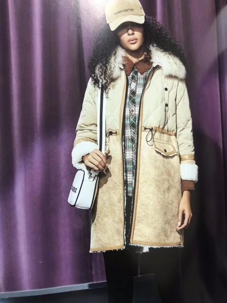 女装颗粒绒大衣批发 品牌折扣女装尾货批发