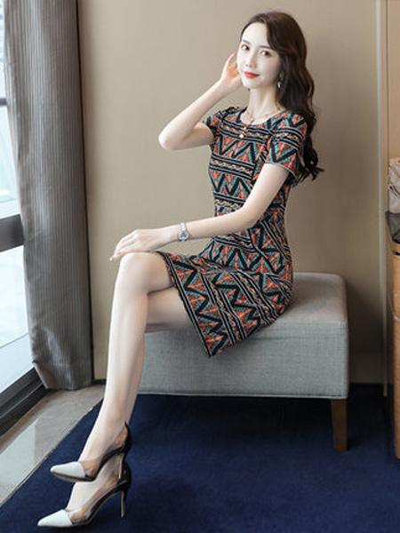 丝柏舍女装品牌2019春夏新款短袖修身显瘦印花复古连衣裙