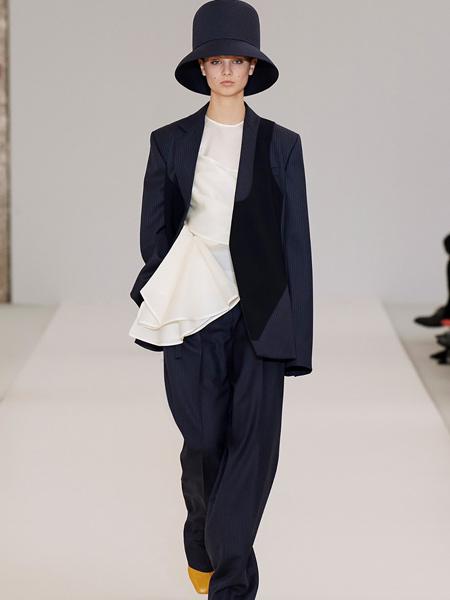 莲娜丽姿女装品牌2019秋季新款时尚气质韩版显瘦休闲西服外套