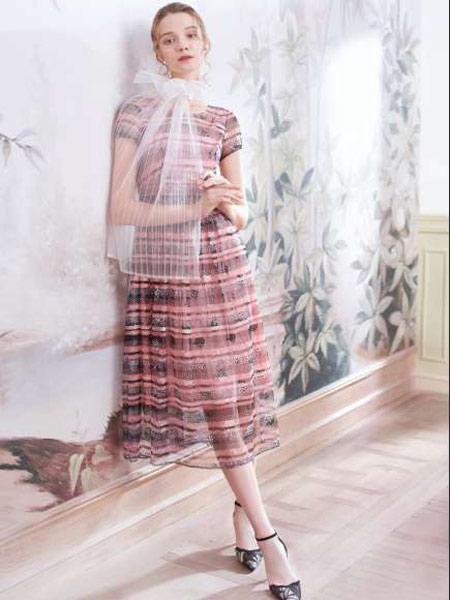 司歌女装品牌2019春夏新款时尚格纹气质收腰显瘦印花中长款雪纺连衣裙