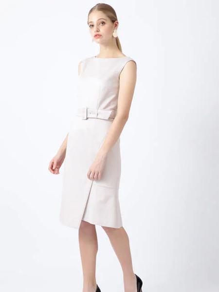 伴渡22OCTOBRE女装品牌2019春夏新款修身显瘦包臀裙子时尚气质无袖连衣裙