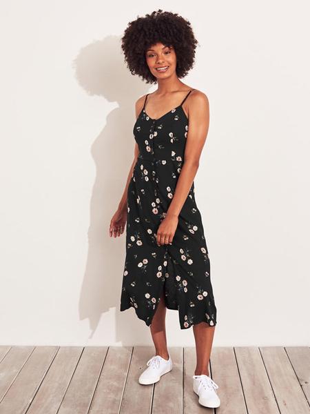 Hollister霍利斯特休闲品牌2019春夏新款吊带碎花长款休闲连衣裙