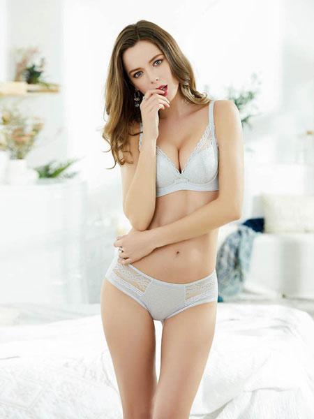亲闺密语女装品牌2019春夏蕾丝无钢圈美背上收副托胸罩