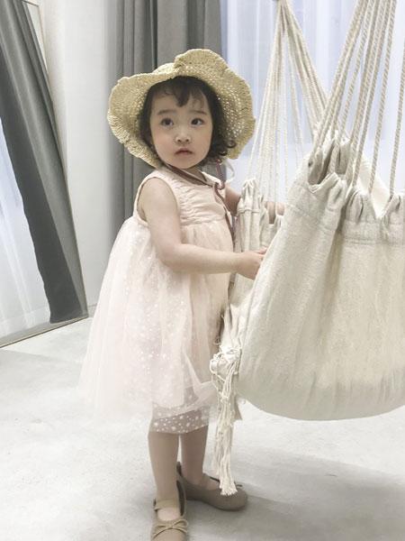 妹妹恩倪童装品牌2019春夏新款韩版公主洋气蕾丝纱裙潮