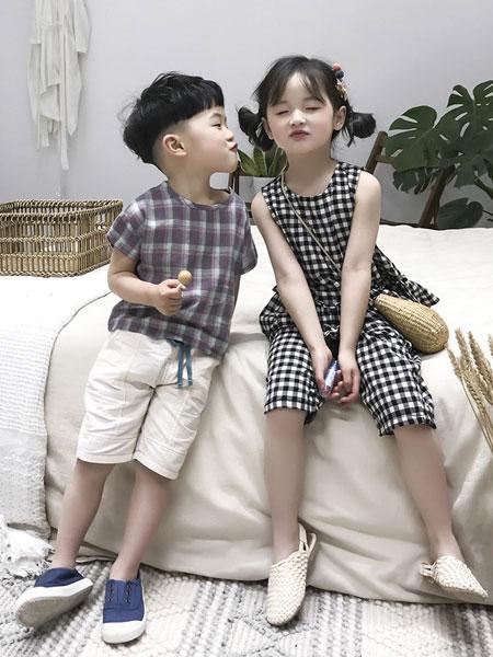 妹妹恩倪童装品牌2019春夏格子中长款无袖背心连衣裙