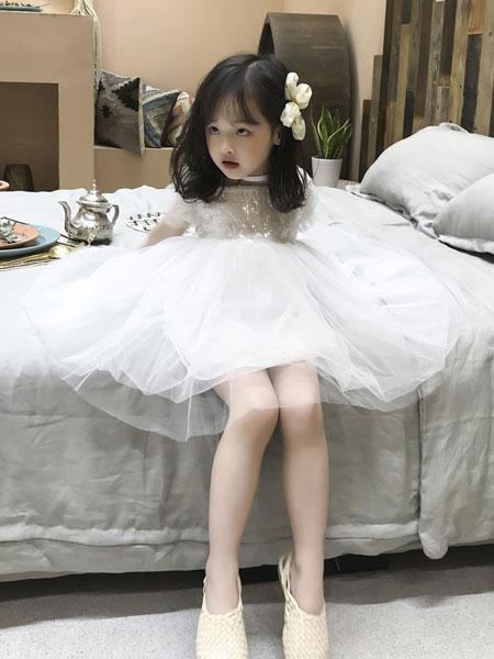 妹妹恩倪童装品牌2019春夏白色公主文艺礼服绣花纱裙