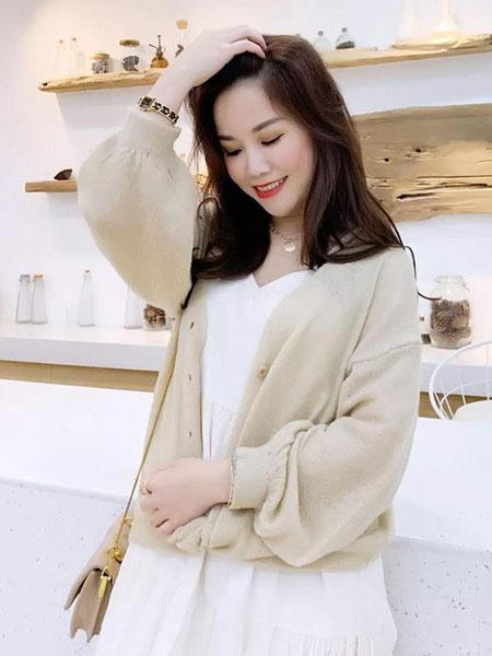 cc+di charme女装品牌2019春夏薄款 纯色 翻领长袖衬衫