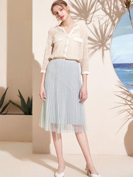 春美多女装品牌2019春夏韩版小清新百搭套头长袖 短款镂空针织衫
