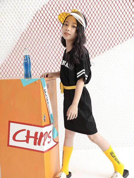 贝贝依依童装品牌2019春夏新款韩版宽松休闲大码黑色直筒连衣裙