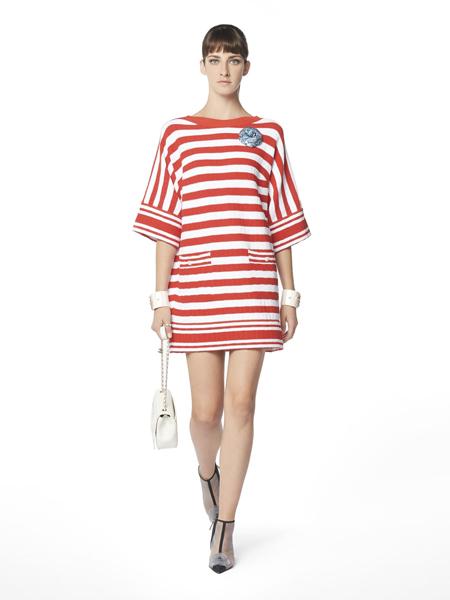 CHANEL香奈儿女装品牌2019春夏新款撞色条纹针织无袖圆领小香风名媛连衣裙