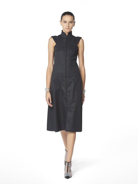 CHANEL香奈儿女装品牌2019春夏新款高领无袖修身显瘦黑色中长款连衣裙