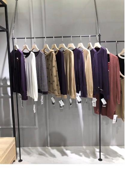 广州桃花源服饰品牌店铺展示