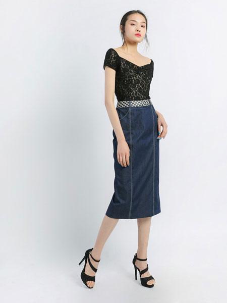 香莎女装品牌2019春夏新款显瘦圆领修身九分袖内搭蕾丝衫