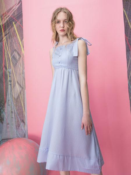 MOOSY女装品牌2019春夏复古小码水洗蓝高腰肩带款牛仔连衣长裙
