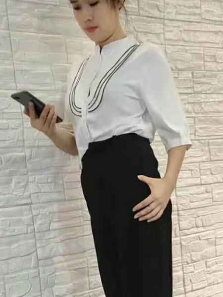 女神面对面女装品牌2019秋季新款长袖衬衫通勤百搭白色圆领薄款上衣