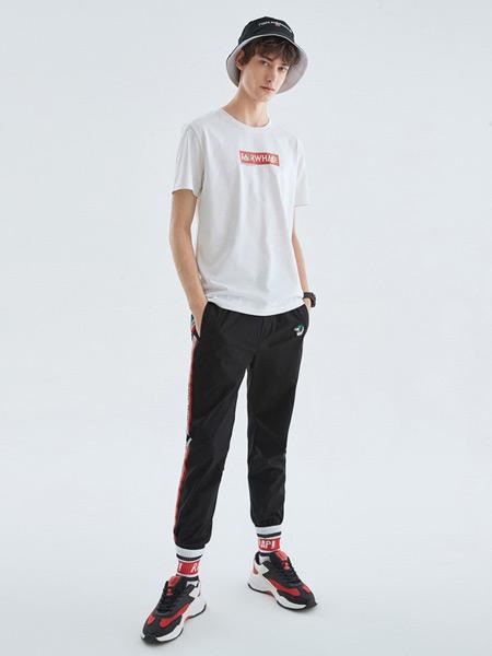 马克华菲男装品牌2019春夏新款简约印花白色休闲短袖t恤