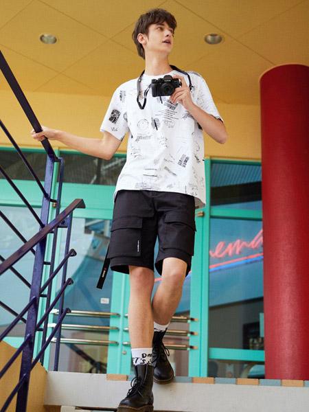 马克华菲男装品牌2019春夏新款宽松渐变纯棉潮流短袖T恤