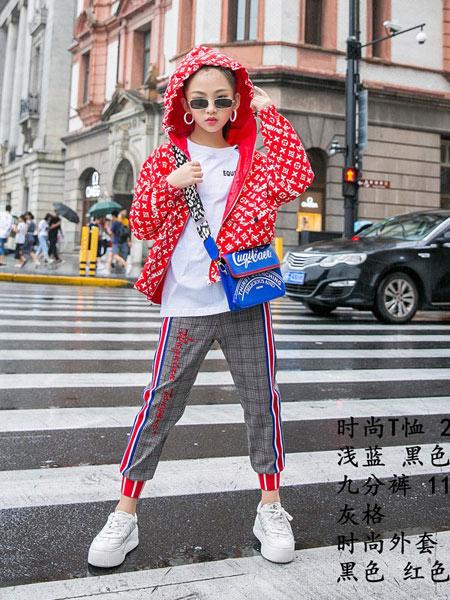 同年同月童装品牌2019秋冬新款时尚潮韩版百搭外套