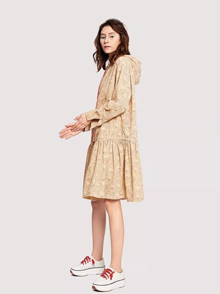 娅铂·周末女装品牌2019秋季新款名媛优雅大翻领收腰系带长袖雪纺连衣裙