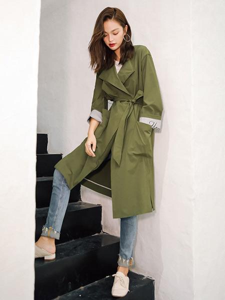 藏九女装品牌2019秋季新款时尚气质过膝工装薄款外套