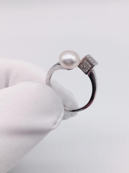 顾仕珍珠潮流饰品品牌2019春夏可调节魔方款淡水珍珠戒指