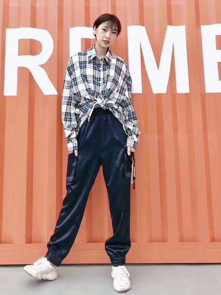 欧典瑞女装品牌2019秋季新款时尚长袖格子衬衫