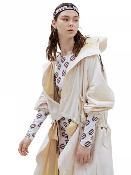 Masfer.SU女装品牌2019秋季新款时尚港风宽松显瘦休闲连帽外套