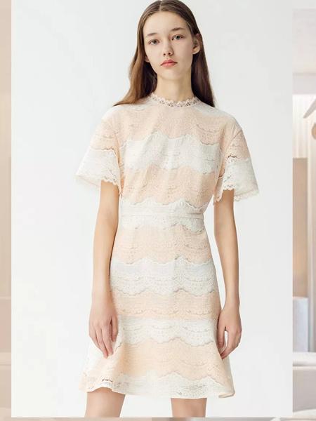 曼娅奴女装品牌2019春夏新款时尚优雅淑女宽松韩版蕾丝连衣裙
