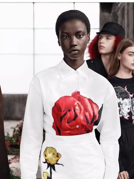 普拉达女装品牌2019秋季新款印碎花衬衫长袖上衣清新柔美气质打底衫