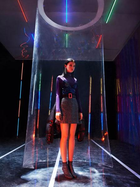 五秒女装品牌2019秋季新款韩版时尚高腰显瘦百搭半身裙