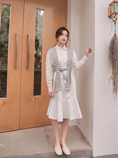 M+女装品牌2019秋季新款韩版纯色甜美海军领荷叶边下摆中长款连衣裙