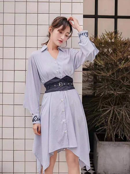 M+女�b品牌2019秋季新款�n版高腰�Q�l�y�r衫裙�L袖收腰�@瘦�B衣裙