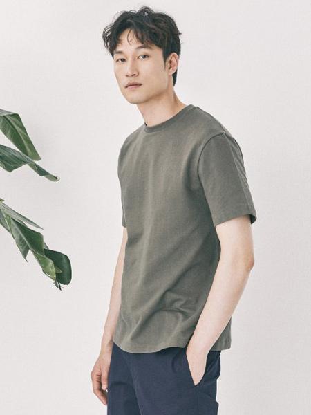 Mvio三星法�男�b品牌2019春夏新款�n版�r尚��松休�e百搭�A�I短袖T恤