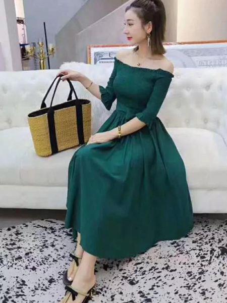 MISS ONE女装品牌2019秋季新款韩版时尚一字肩钩花镂空蝴蝶结系带连衣裙