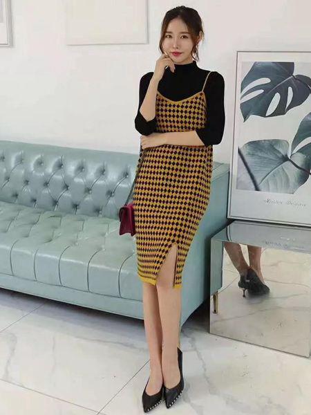 MISS ONE女装品牌2019秋季新款气质针织套装女长袖打底毛衣+中长款开叉连衣裙