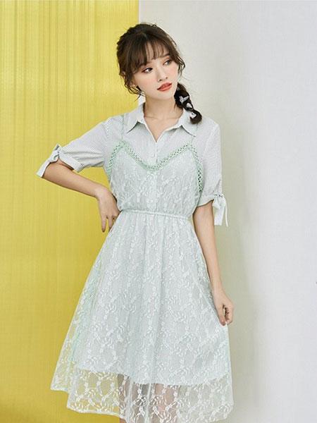 新一檬女装品牌2019春夏复古蕾丝衬衫吊带韩版假两件套小清新连衣裙