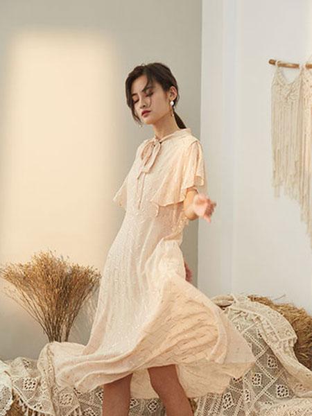 宝洛莎女装品牌2019春夏新款时尚高贵中长款大摆裙