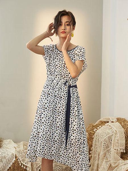 宝洛莎女装品牌2019春夏新款无袖波款裙子立领印花收腰腰带连衣裙