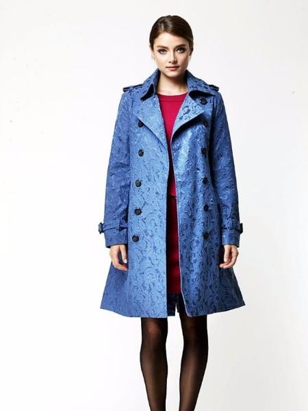 知恩女装服装款式新颖、价格低廉、质量保证、货源稳定
